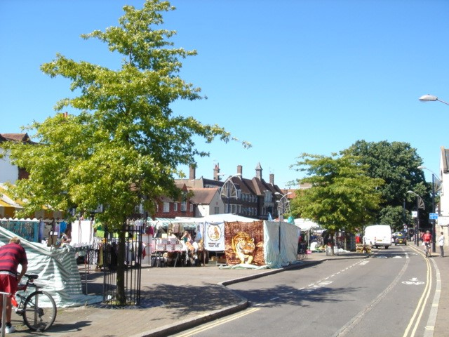 crawley high street market
